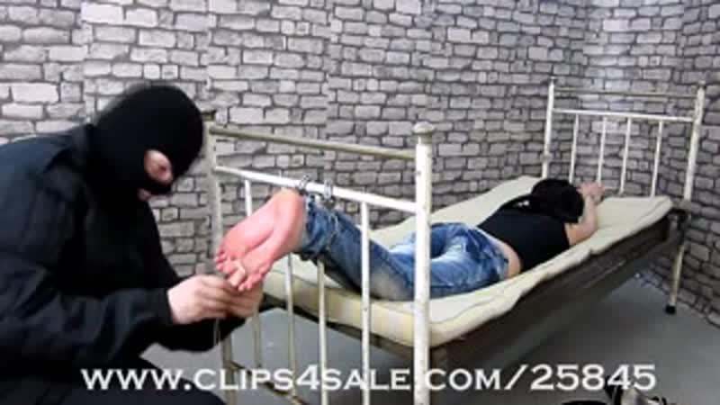 [1280x720] Hard belt bastinado hard spanking video - tube.asexstories.com
