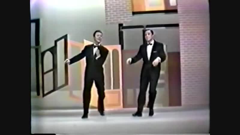 Gene Kelly Donald O'Connor - Shall we Dance