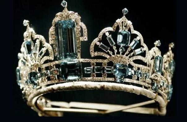 Личные драгоценности Елизаветы II