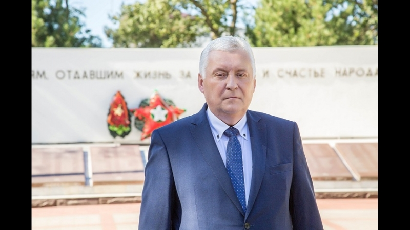Глава города-курорта Юрий Поляков поздравляет анапчан с Днем города!