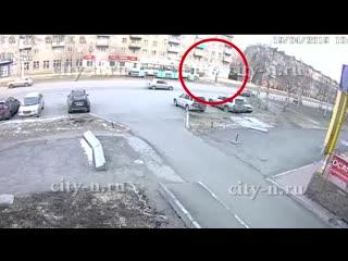 В новокузнецке трамвай задавил человека