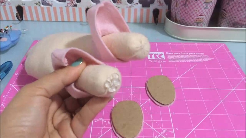 Como deixar boneco em pé sem suporte