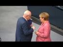 UNIONSFRAKTION BEGEHRT AUF- Merkel muss im Krisenmodus bleiben