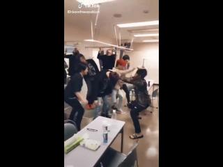 ジェジュンメチャ激しいんですけど笑 - ジェジュン - Defiance - LAVENDER - - すごいkimjaejoong さんの動画をチェックして TikTok