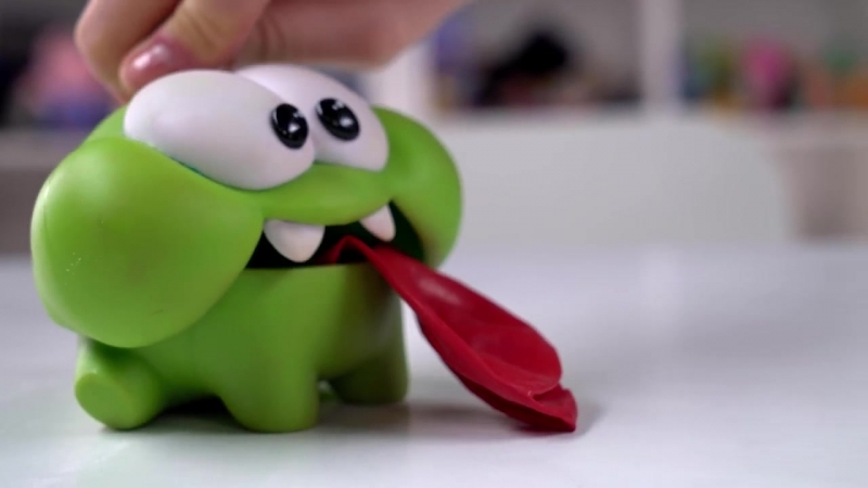 Ам Ням и ОПЫТЫ с шариком 🎈 ЭКСПЕРИМЕНТЫ познавательное видео для детей По