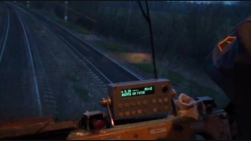 Оборот (Один день локомотивной бригады системы электровозов ВЛ10У-045 и ВЛ10У-080)