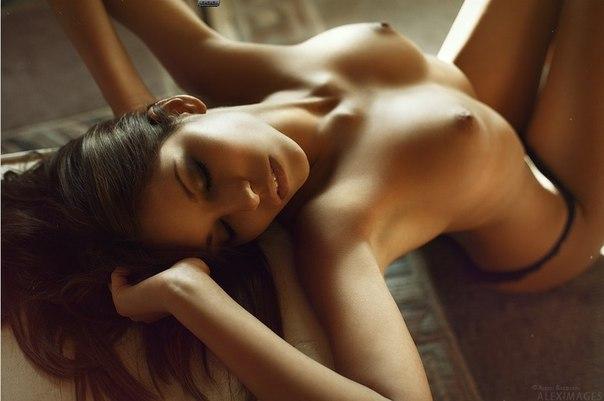 Natural brunette call beauty jenni lee copulates