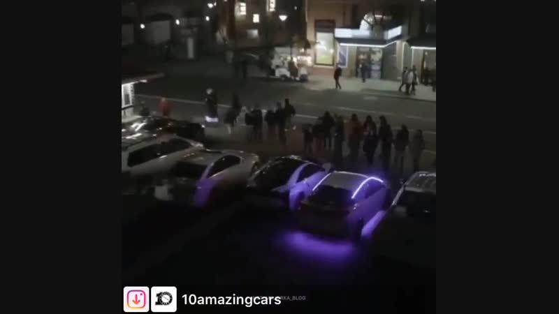 Despasito автомобильными сигналами