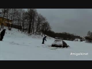 Утопил Land Cruiser (мамонт,на льду)