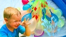 Baby and Papa Pretend Play with Water Ballons and Learn Colors