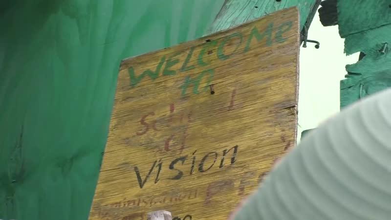 Деревня растаманов и плантации марихуаны. Ямайка
