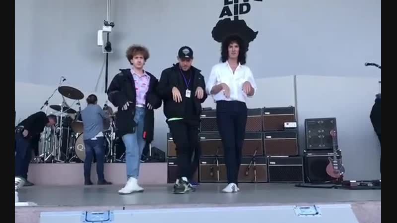 Gwilym Lee, Joe Mazzello and Liam Lunnis dancing
