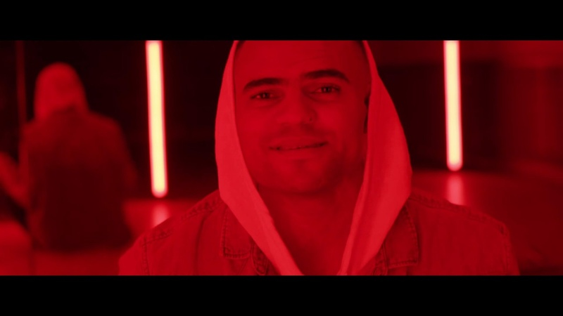 Mohombi Youssou Ndour - HELLO (Official Video)