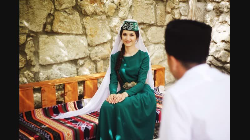 Ление Сулейман очарованная вышивкой