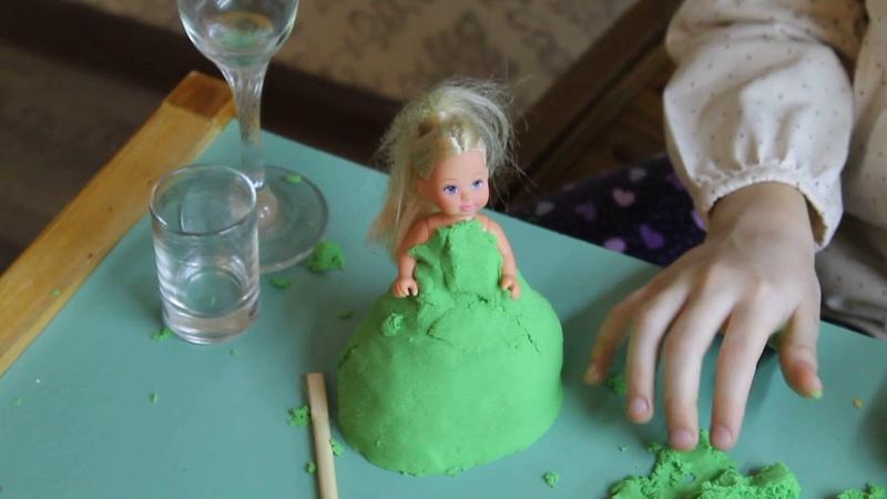 Наряд для куклы из кинетического песка АНТИСТРЕСС Naryad dlya kukly MISS ANASTASIA