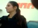 Наглая молодая цыганка на парковке у Гиппо в Могилёве