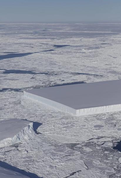ученые заметили айсберг странной формы он представляет собой абсолютно правильный квадрат. в антарктиде ученые обратили внимание на айсберг странно правильной формы — это идеальный квадрат,