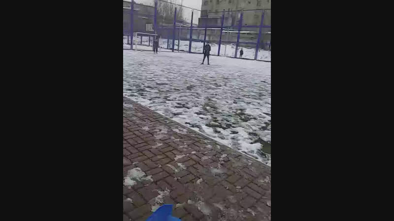 Қыстағы футбол