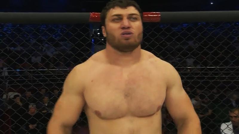 Вырубил Чеченского Халка На Глазах У Кадырова