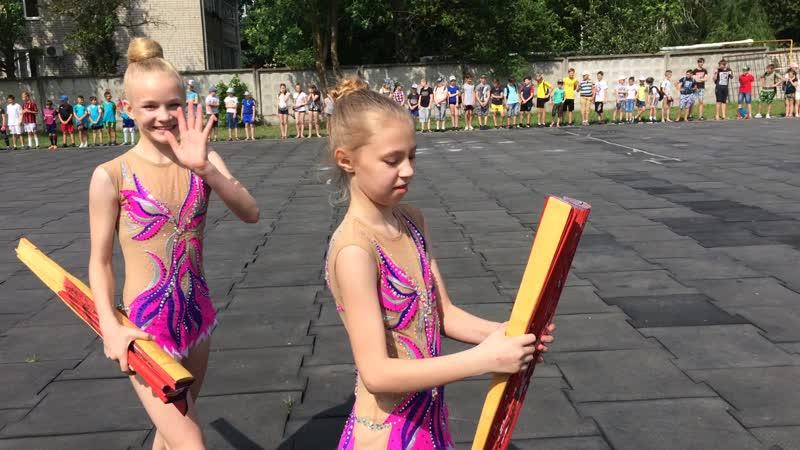 Выступление гимнасток Приморско Ахтарского района