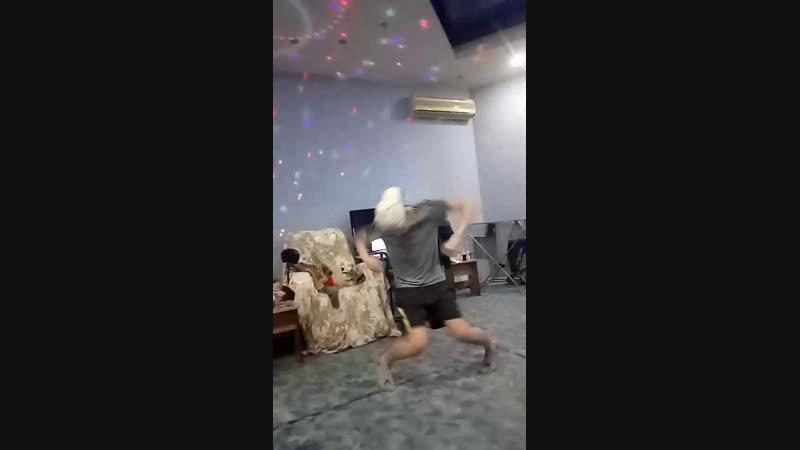 танец Сережа чида
