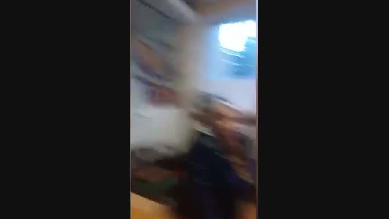 В Керчи охранник больницы избил посетителя дубинкой