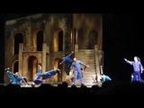 C'est le jour, La folie (Romeo et Juliette a Moscou)