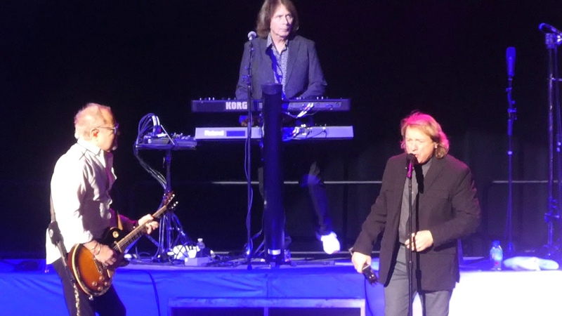 Feels Like the First Time Band Intros Foreigner(Original Lineup)@Atlantic City 113018