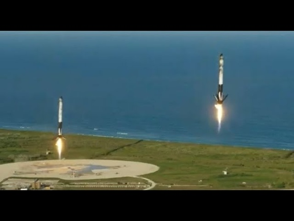 SpaceX Lands Three Falcon Heavy Boosters for the First Time
