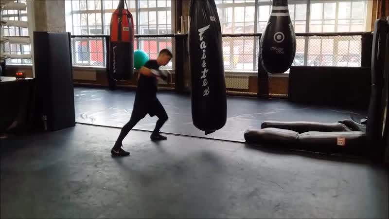 Дмитрий Бивол приступил в Санкт-Петербурге к тренировкам после поединка с Жаном Паскалем