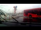 Автобус протаранил Ауди