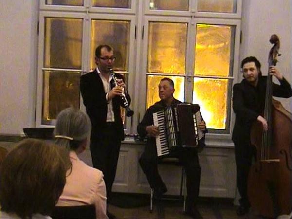 Roman Kuperschmidt. Konzert in Dieburg. 09.04.2011. 8/18. Bei Mir Bist Du Schoen
