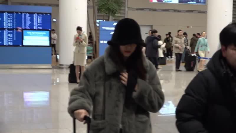 크리스탈, 뉴욕 패션위크 마치고 입국 _ Krystal arrived in Korea 2019