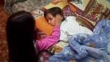 Маленькая няня. Колыбельная для малыша. Как дети засыпают.Little nanny.A lullaby for the baby.