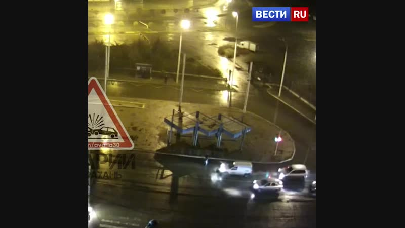 В Астрахани таксист гонялся за пешеходом чтобы его сбить