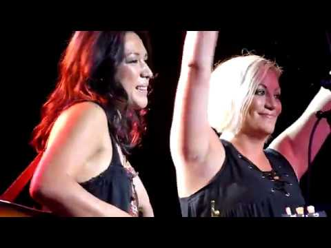 The Wreckers (Michelle Branch Jessica Harp) Tennessee (Live in Nashville 08-13-2017)
