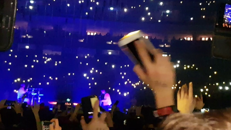 Twenty One Pilots Neon Gravestones The Bandito Tour Live 14 02 19 Mercedes Benz Berlin