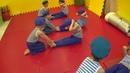 Младшая группа № 1. Общефизическая подготовка. Упражнение для мышц пресса.