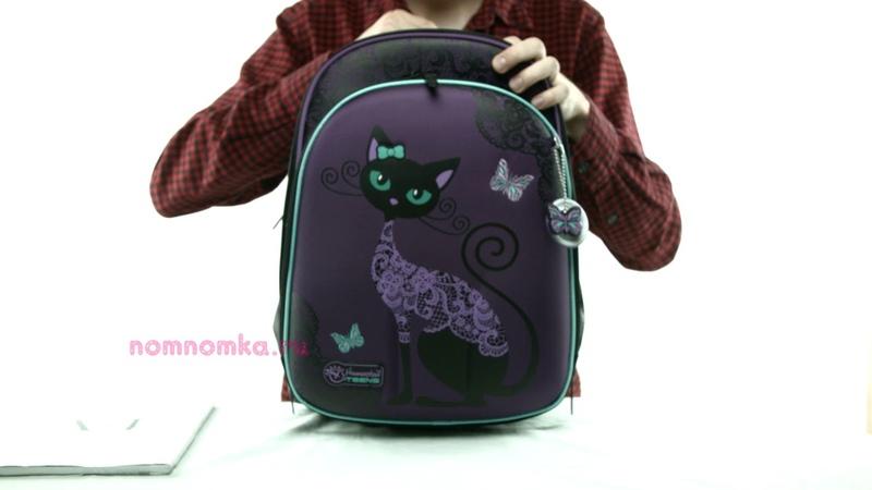 Школьный ортопедический рюкзак Hummingbird T71 Black Cats