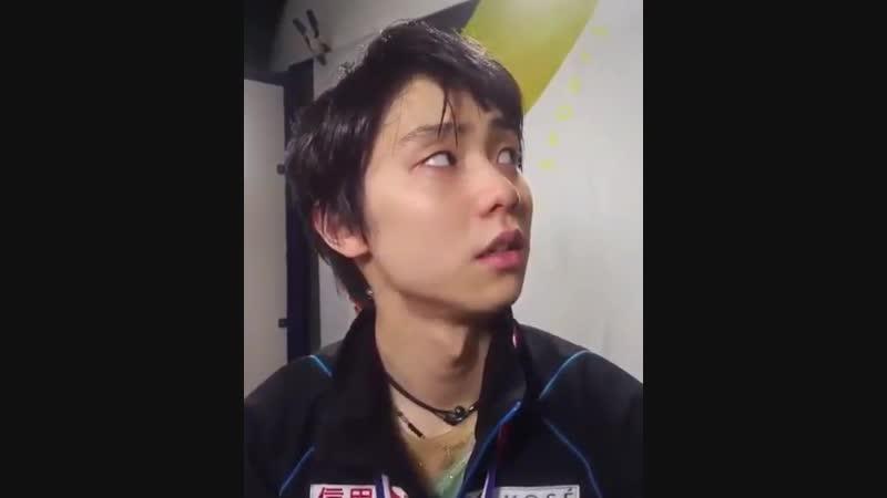 """羽生結弦 Yuzuru Hanyu """"Q_ What is the history behind Yuzurus necklace"""