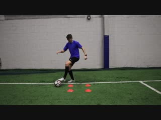 Learn to master the ball _ 10 ball mastery exercises to improve your ball control 1