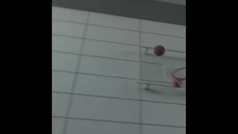 Иско не затерялся бы в баскетболе