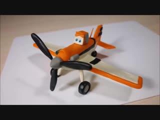 Лепим самолетик Дасти Полейполе из пластилина.