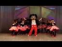 Наш танцующий Микки Маус!