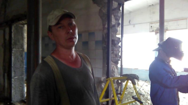 Монтаж сборных перемычек с устройством проемов в несущих стенах