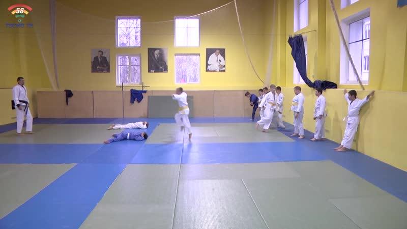 Тосненской ДЮСШ №2 по дзюдо и самбо исполнилось 18 лет
