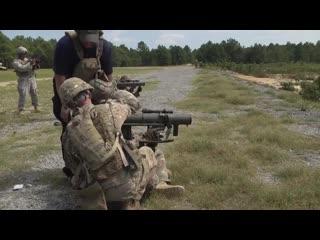 Cтрельба из m3 carl gustaf 84mm - вдв сша / us marines.