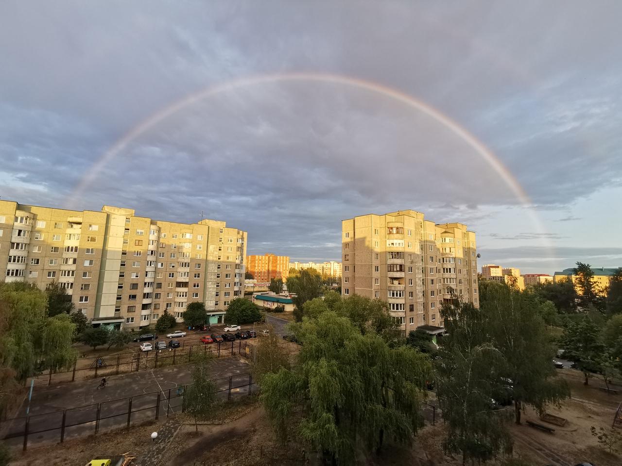 Двойная радуга была сегодня вечером над Брестом