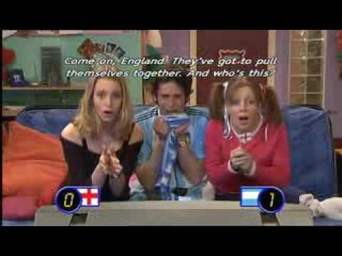 12 EXTRA ENGLISH Football Crazy SUB