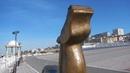 Стилизованный жеребец на набережной Каспийского моря